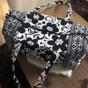 VERA BRADLEY - SMALL FLORAL DUFFEL BAG
